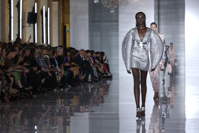 A model wears a creation for Balmain Spring/Summer 2019 ready-to-wear fashion collection presented in Paris, Friday, September 28, 2018. (Photo by Thibault Camus/AP Photo)