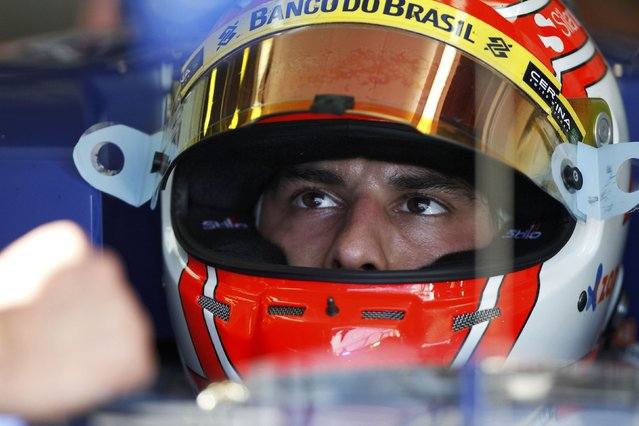 Sauber Formula One driver Felipe Nasr of Brazil sits in his car during the second practice session of the Australian F1 Grand Prix at the Albert Park circuit in Melbourne March 13, 2015.   REUTERS/Brandon Malone