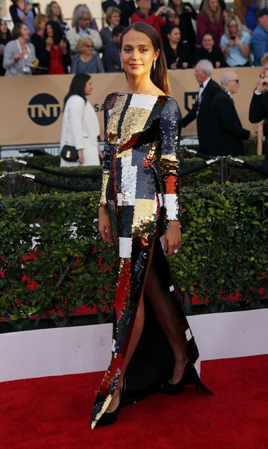Actress Alicia Vikander arrives at the 22nd Screen Actors Guild Awards in Los Angeles, California January 30, 2016. (Photo by Mike Blake/Reuters)