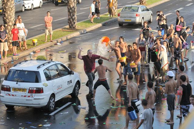 Water War in Tel-Aviv 2012