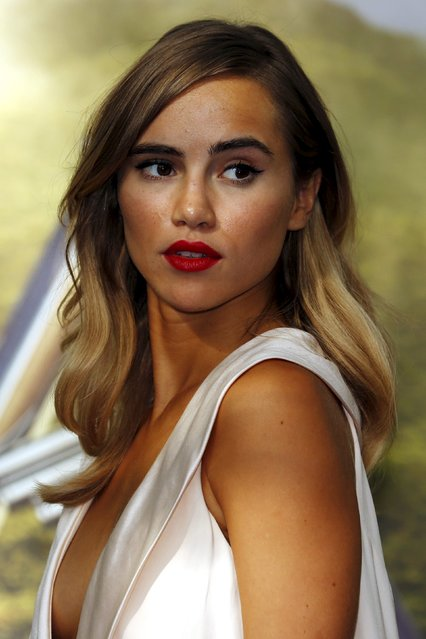 "Model and actress Suki Waterhouse arrives for the World premiere of ""Pan"" at Leicester Square in London, Britain September 20, 2015. (Photo by Luke MacGregor/Reuters)"