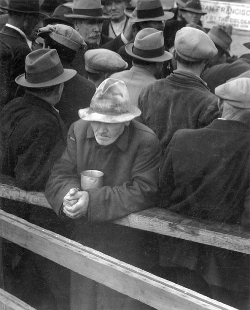 """White Angel Breadline"". San Francisco, California, winter 1933–34. (Photo by Dorothea Lange)"