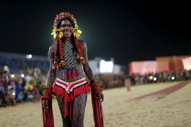 "An indigenous woman participates in a parade called ""International Indigenous Beauty"" during the first World Games for Indigenous Peoples in Palmas, Brazil, October 24, 2015. (Photo by Ueslei Marcelino/Reuters)"