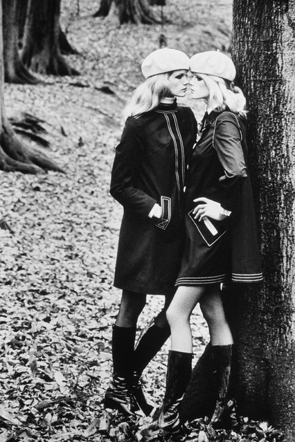 Blond on Blond. (Photo by Helmut Newton)