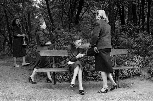 Horvat started out as a photojournalist. Meeting Henri Cartier-Bresson in 1951 proved to be a milestone in his career, leading to a two-year trip to Asia and exhibiting internationally, including in the 1955 show The Family of Man at New York's Museum of Modern Art. Here: Prostitutes, Bois de Boulogne, 1956. (Photo by Frank Horvat/The Guardian)