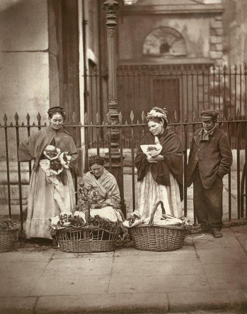 Covent Garden Flower Women. (Photo by John Thomson/LSE Digital Library)