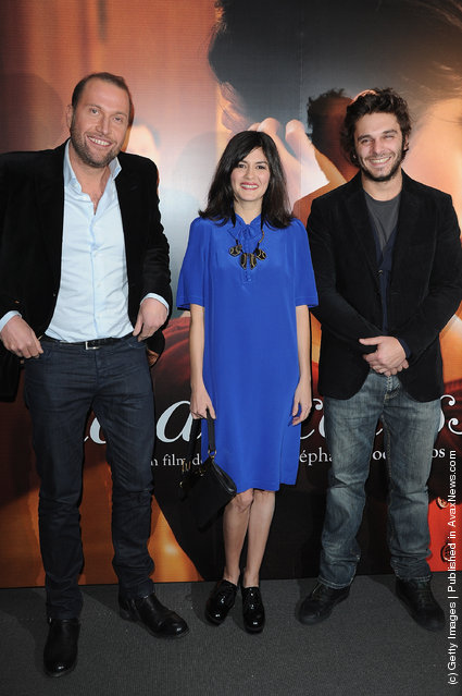 Francois Damiens (L) and Audrey Tautou (C) and Pio Marmai (R) attend 'La Delicatesse' Paris Premiere