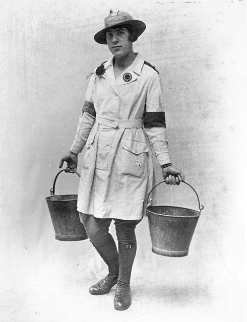 A member of the Women's land Army in WWI, circa 1916. (Photo by F. J. Mortimer)