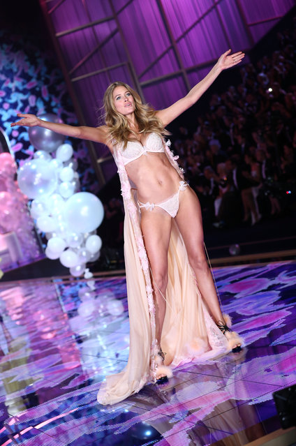 Doutzen Kroes walks the runway at the annual Victoria's Secret fashion show at Earls Court on December 2, 2014 in London, England. (Photo by Tim P. Whitby/Getty Images)