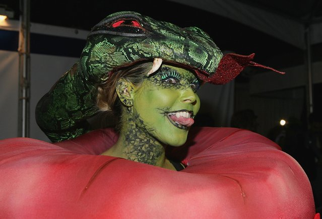 Model Heidi Klum arrives at Heidi Klum's 7th Annual Halloween Party at Privilege on October 31, 2006 in Los Angeles, California. (Photo by Michael Buckner/Getty Images)