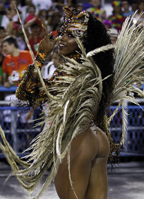 Mangueira samba school's Drum Queen Evelin performs during the carnival parade at the Sambadrome in Rio de Janeiro, February 9, 2016. (Photo by Claudia Daut/Reuters)