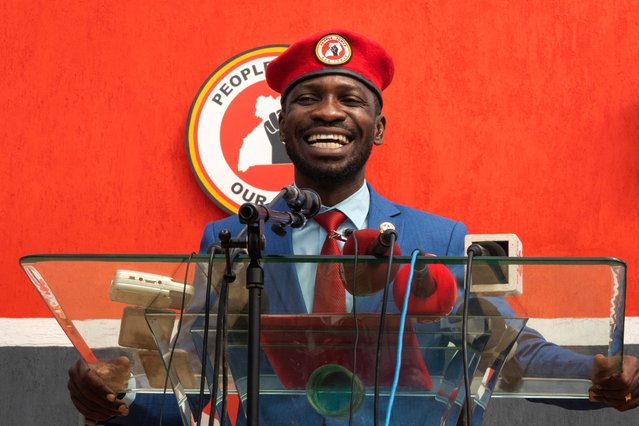 Ugandan singer turned politician Robert Kyagulanyi aka Bobi Wine announces the creation of his new political party called National Unity Platform (NUP) in Kampala, on August 3, 2020. Kyagulanyi launched his own party to fulfill all requirements for the electoral commission to stand for presidency in 2021 against the incumbent President Yoweri Museveni. (Photo by Badru Katumba/AFP Photo)