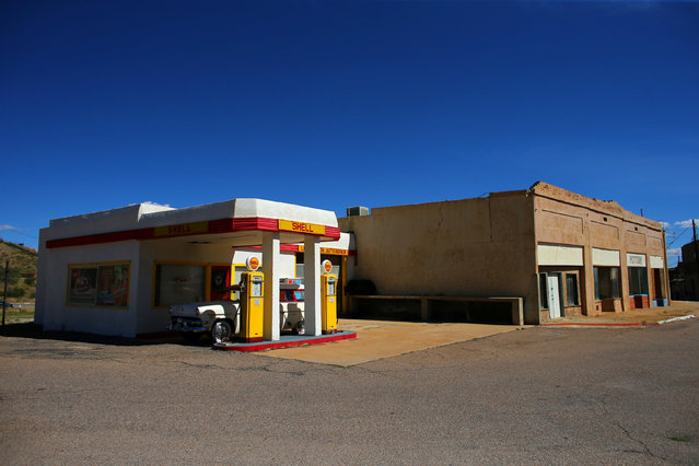 An old refurbished gas station is seen in Lowell, Arizona, United States, October 10, 2016. (Photo by Mike Blake/Reuters)