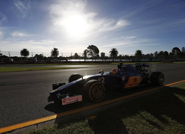 Sauber Formula One driver Felipe Nasr of Brazil drives during the second practice session of the Australian F1 Grand Prix at the Albert Park circuit in Melbourne March 13, 2015.  REUTERS/Jason Reed