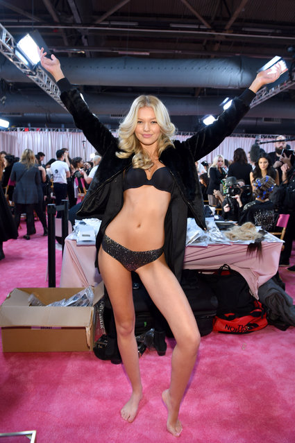 Maggie Laine prepares backstage during the 2018 Victoria's Secret Fashion Show in New York at Pier 94 on November 8, 2018 in New York City. (Photo by Dimitrios Kambouris/Getty Images for Victoria's Secret)