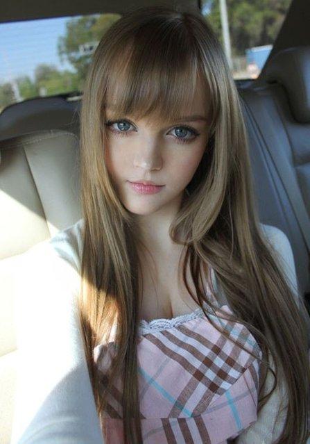 Kotakoti Barbie Dollv