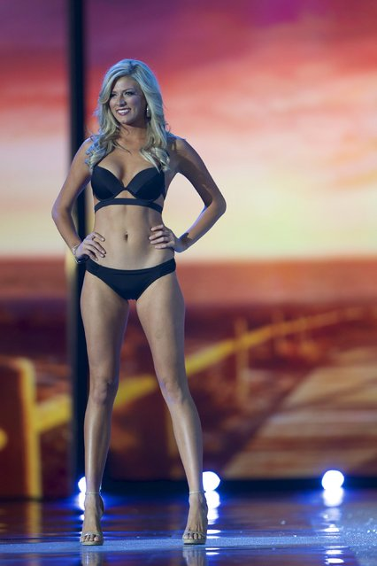 Miss Colorado Kelley Johnson competes in the swimsuit competition during the first night of preliminaries of Miss America at Boardwalk Hall in Atlantic City, New Jersey, September 8, 2015. (Photo by Mark Makela/Reuters)