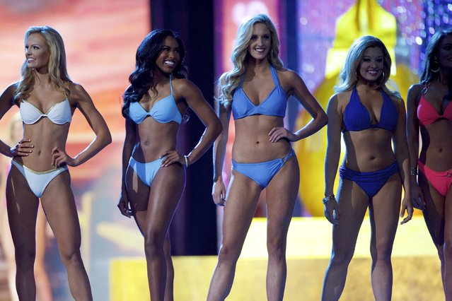 Miss America contestants compete in the swimsuit competition as they advance to the next round at Boardwalk Hall, in Atlantic City, New Jersey, September 13, 2015. (Photo by Mark Makela/Reuters)