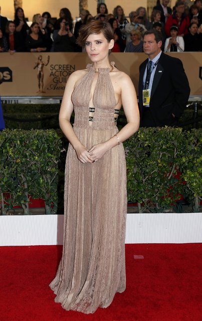 Actress Kate Mara arrives at the 22nd Screen Actors Guild Awards in Los Angeles, California January 30, 2016. (Photo by Mike Blake/Reuters)