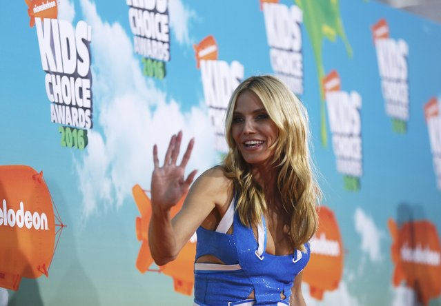 Model Heidi Klum arrives at Nickelodeon's 2016 Kids' Choice Awards in Inglewood, California March 12, 2016. (Photo by Mario Anzuoni/Reuters)