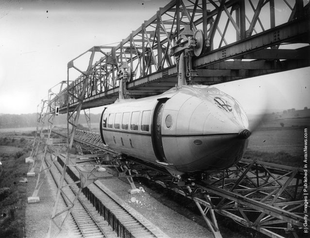 1930: Self-propelled and streamlined passenger cars of the George Bennie Railplane system in Glasgow