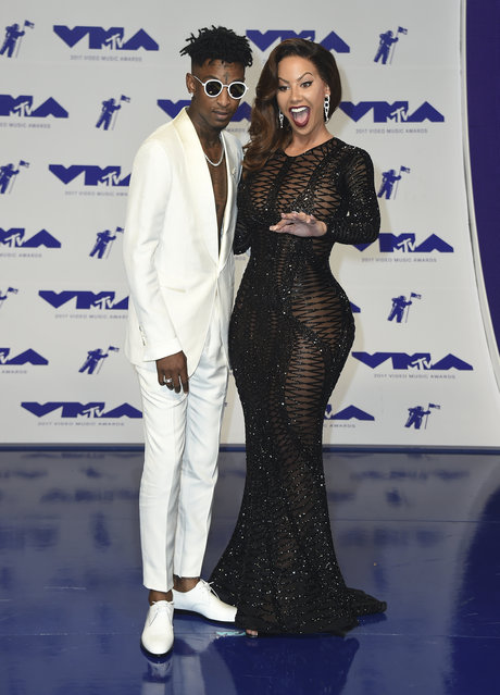 21 Savage, left, and Amber Rose arrive at the MTV Video Music Awards at The Forum on Sunday, August 27, 2017, in Inglewood, Calif. (Photo by Jordan Strauss/Invision/AP Photo)