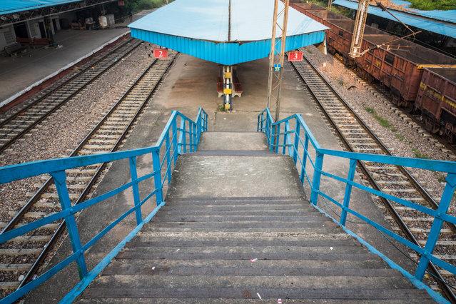 The near-empty Lajpat Nagar railway station in New Delhi, India, October 2017. (Photo by Ankur Dutta/Barcroft Media)