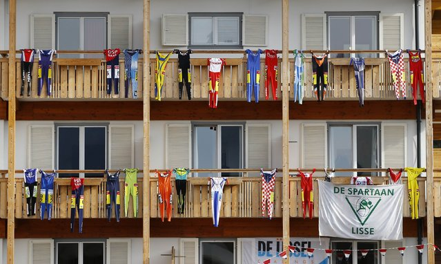 Sportswear hangs from balconies of a hotel in the Carinthian village of Techendorf January 29, 2015. (Photo by Leonhard Foeger/Reuters)