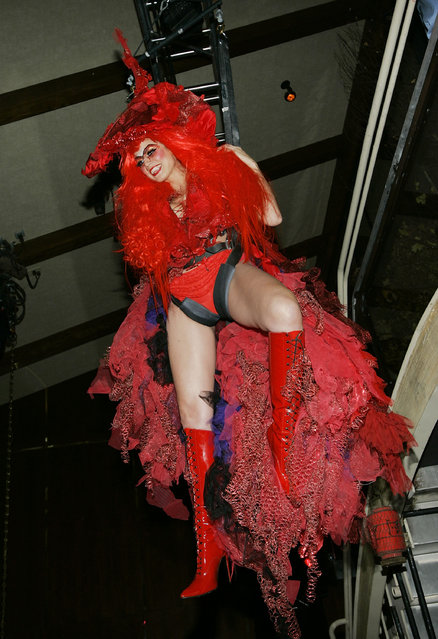 Model Heidi Klum attends her 5th Annual Halloween party at Marquee on October 31, 2004 in New York City. (Photo by Evan Agostini/Getty Images)