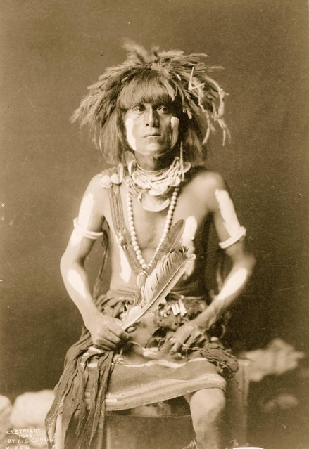 Hopi snake priest, three-quarter length portrait, seated, facing front, circa 1900. (Photo by Buyenlarge/Getty Images)