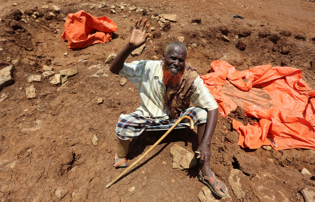 An internally displaced Somali man gestures after fleeing from drought stricken regions at makeshift camps in Baidoa, west of Somalia's capital Mogadishu, March 26, 2017. (Photo by Feisal Omar/Reuters)