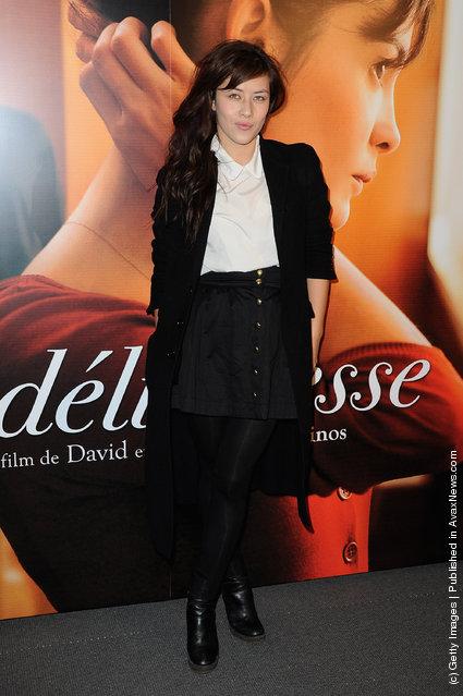 Mylene Jampanoi attends 'La Delicatesse' Paris Premiere