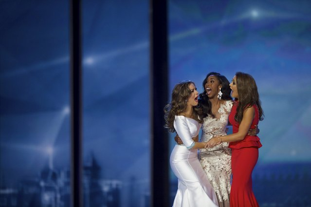 Miss Georgia Betty Cantrell (L) reacts after being named Miss America at Boardwalk Hall in Atlantic City, New Jersey, September 13, 2015. (Photo by Mark Makela/Reuters)
