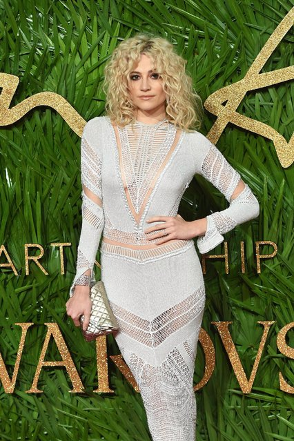 Pixie Lott attends The Fashion Awards 2017 in partnership with Swarovski at Royal Albert Hall on December 4, 2017 in London, England. (Photo by Samir Hussein/WireImage)