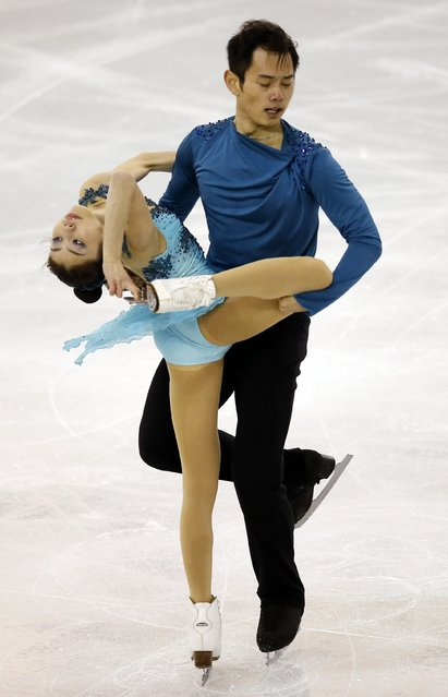 China's Yu Xiaoyu and Jin Yang perform during the Ice Pairs free skating at the ISU Grand Prix of Figure Skating final in Barcelona December 13, 2014. (Photo by Albert Gea/Reuters)