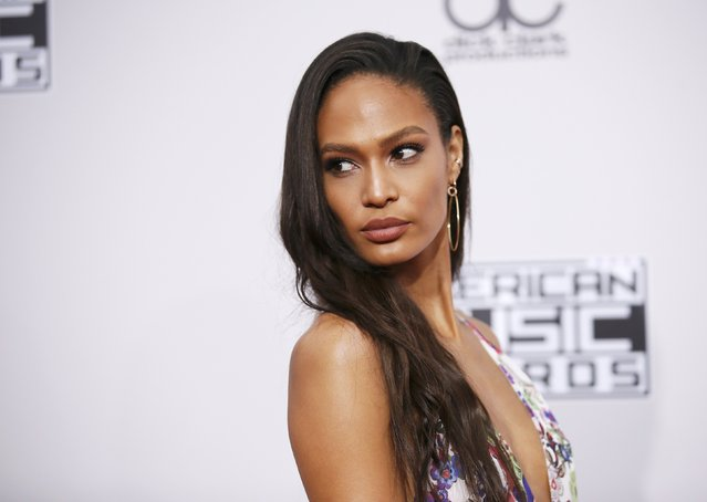 Model Joan Smalls arrives at the 2016 American Music Awards in Los Angeles, California, U.S., November 20, 2016. (Photo by Danny Moloshok/Reuters)