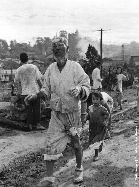 Korean war refugees in the Inchon area, coming in to the US contingent of the United Nation's Forces for aid