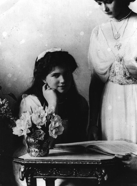 Two daughters of Tsar Nicholas II of Russia, Tatiana and Marie, 1914.