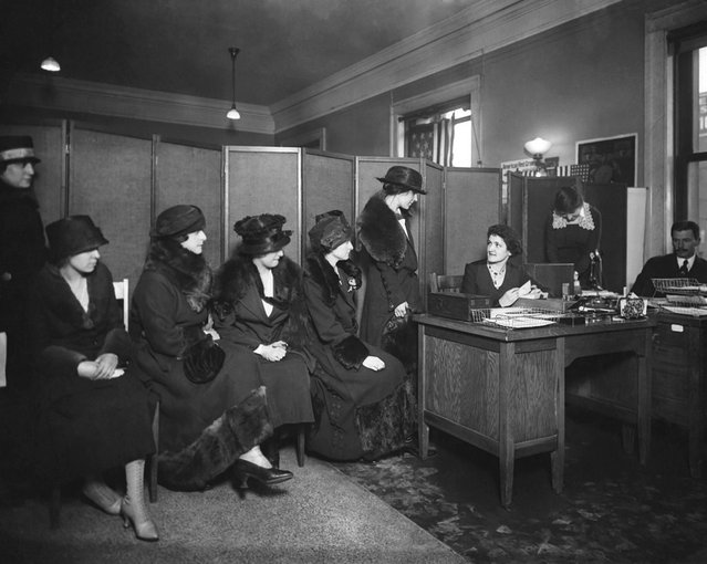 Women wait to ask about American Red Cross nursing positions in 1918. (Photo by Keystone View/FPG)