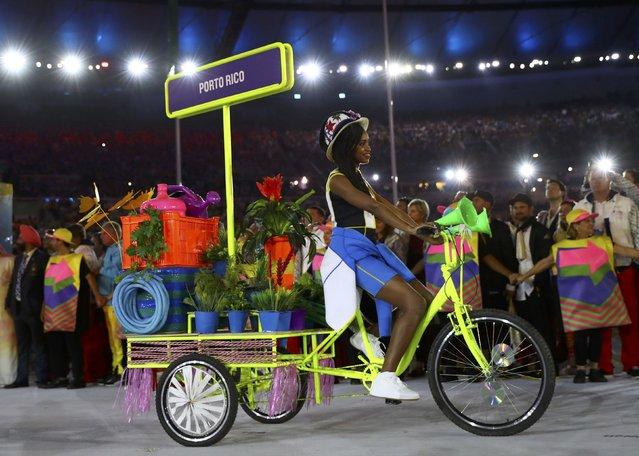 2016 Rio Olympics, Opening ceremony, Maracana, Rio de Janeiro, Brazil on August 5, 2016. Puerto Rico's team arrives for the opening ceremony. (Photo by Kai Pfaffenbach/Reuters)