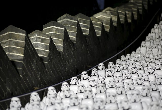 "Five hundred replicas of the Stormtrooper characters from ""Star Wars"" are placed on the steps at the Juyongguan section of the Great Wall of China during a promotional event for ""Star Wars: The Force Awakens"" film, on the outskirts of Beijing, China, October 20, 2015. (Photo by Jason Lee/Reuters)"