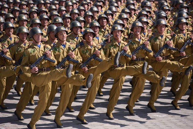Korean People' s Army (KPA) soldiers march during a mass rally on Kim Il Sung square in Pyongyang on September 9, 2018. (Photo by Ed Jones/AFP Photo)