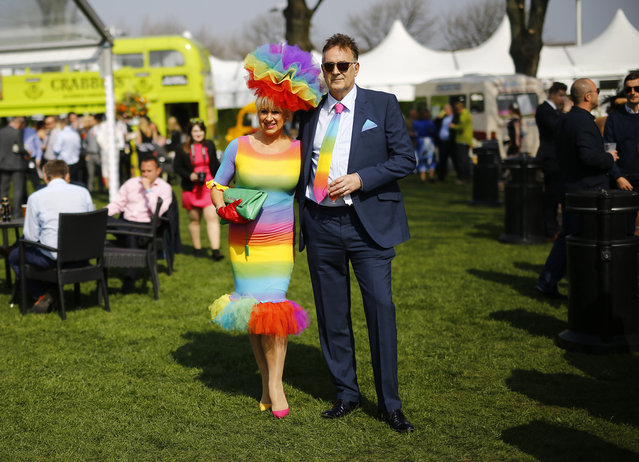 Horse Racing – Crabbie's Grand National Festival – Aintree Racecourse April 10, 2015: Racegoers attend ladies day during the Grand National. (Photo by Darren Staples/Reuters)