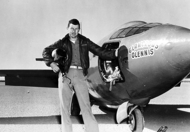 US Air Force test pilot Chuck Yeager, who on October 14, 1947 became the first man to break the sound barrier, posing beside the plane in which he did it, the Bel X-1, nicknamed Glamorous Glennis in honor of his wife in California, United States on March 1949. (Photo by US Air Force/Rex Features/Shutterstock)