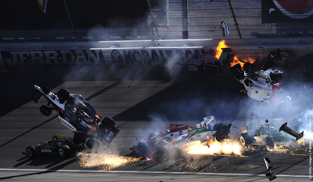 Dan Wheldon Dies In Las Vegas Indy Crash
