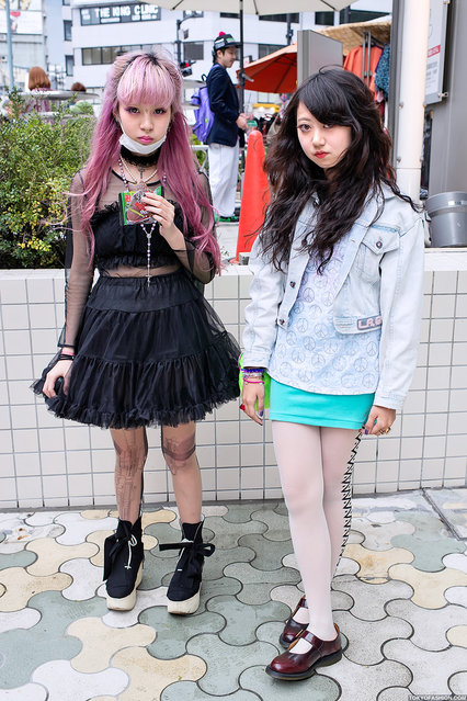 Two stylish Japanese girls snapped near LaForet Harajuku. Juria is on the left & Mayupu on the right. Both of them are 16 years old and both are often seen in Japanese street fashion magazines. (Tokyo Fashion)