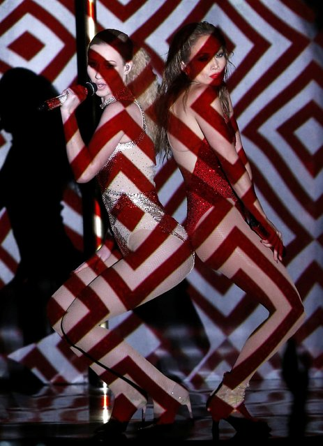 """Jennifer Lopez (R) performs """"Booty"""" with Iggy Azalea during the 42nd American Music Awards in Los Angeles, California November 23, 2014. (Photo by Mario Anzuoni/Reuters)"""