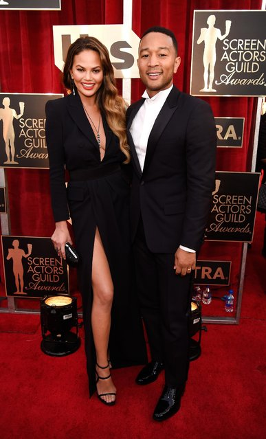 Model Chrissy Teigen (L) and singer/actor John Legend attend The 23rd Annual Screen Actors Guild Awards at The Shrine Auditorium on January 29, 2017 in Los Angeles, California. (Photo by Kevin Mazur/Getty Images for TNT)