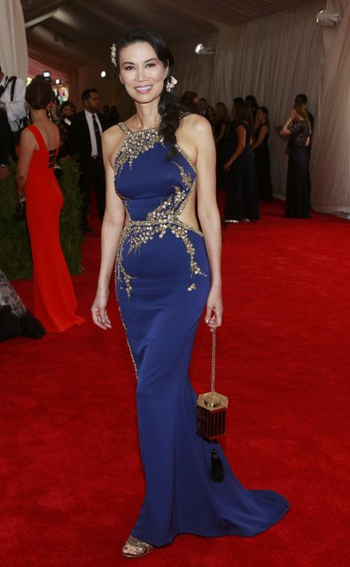 "Wendi Deng Murdoch arrives for the Metropolitan Museum of Art Costume Institute Gala 2015 celebrating the opening of ""China: Through the Looking Glass"", in Manhattan, New York May 4, 2015. (Photo by Andrew Kelly/Reuters)"