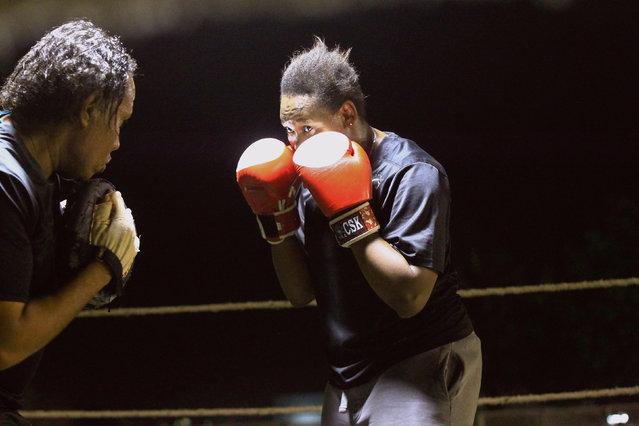 Arafat Abkar, 22, practises boxing at the Nile Club in Khartoum, Sudan May 9, 2016. (Photo by Mohamed Nureldin Abdallah/Reuters)